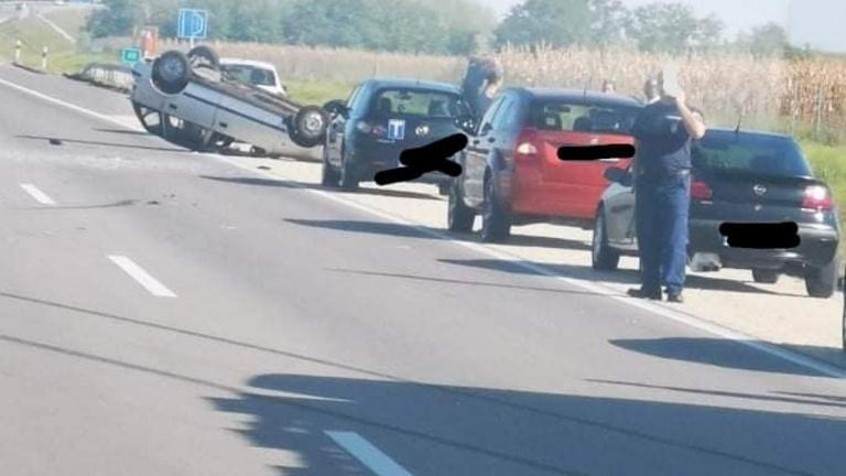 Halálos baleset az M4-en Monorierdő közelében